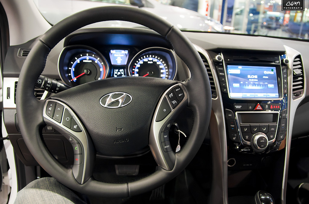 how to change fahrenheit to celsius in hyundai accent 2017