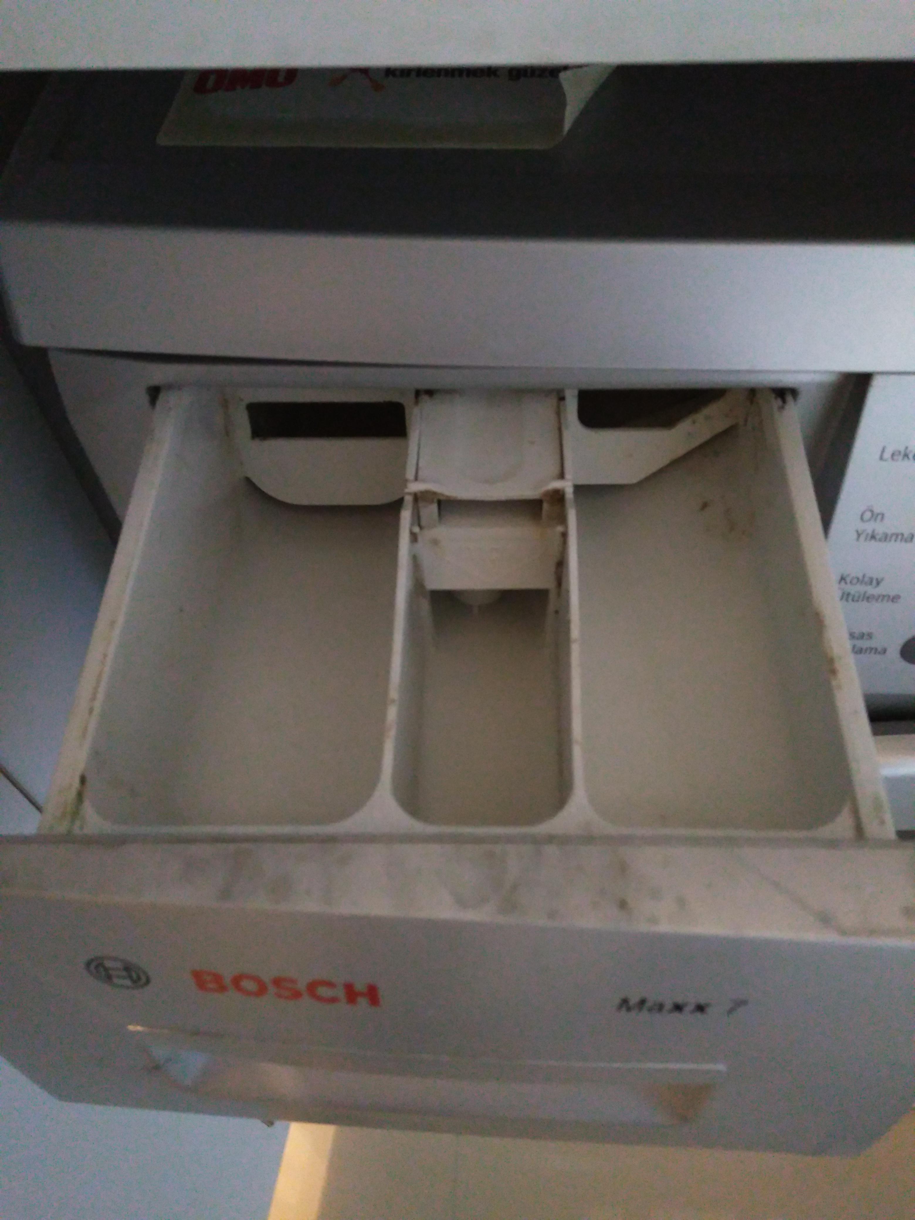Çamaşır makinesinde sıvı deterjan kullanımı - YARDIM