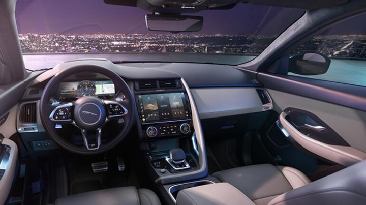 2021 jaguar e-pace iç tasarım