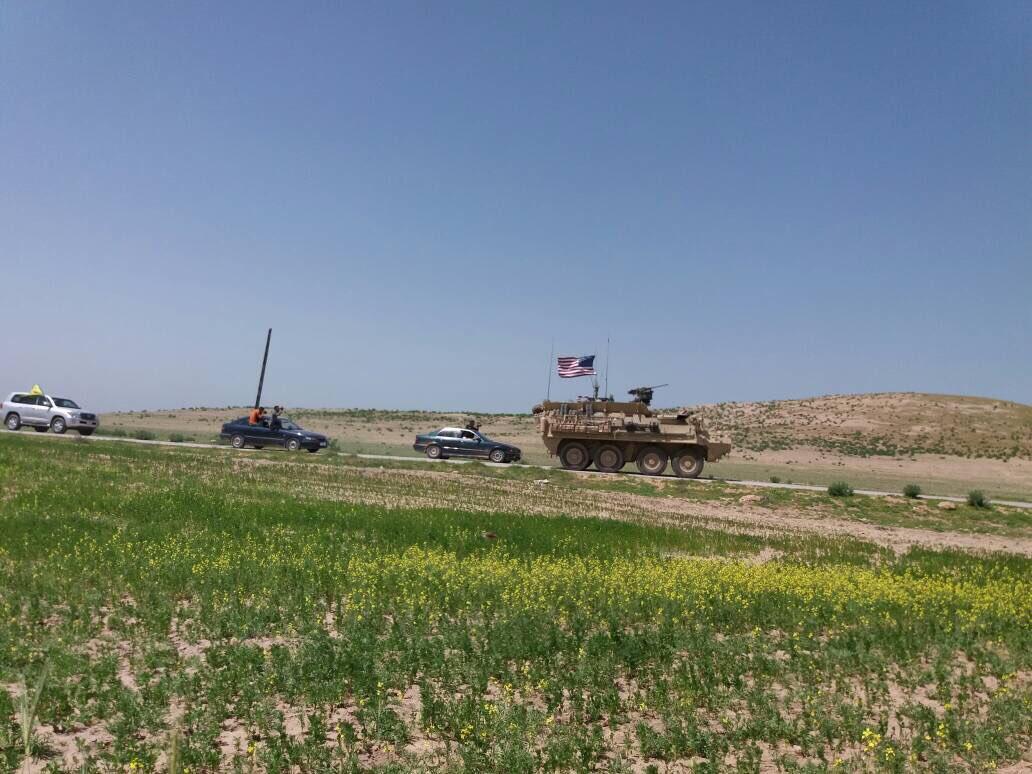 ABDli askerler YPGyle birlikte sınır nöbetinde 88