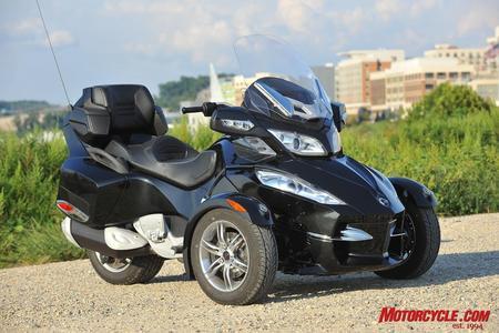 3 Tekerlek Li Motorlar Hangi Ehliyetle Kullanılıyor