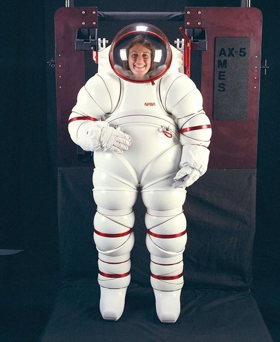 space suit material - 564×690